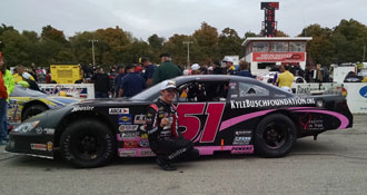 Eric Jones wins back-to-back Winchester 400 rifles on 10/12/14 at Winchester Speedway (IN) using Bassett 15x10 Inertia Advantage wheels.